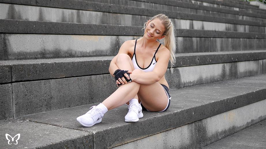 Weißes Nike Sport Bustier