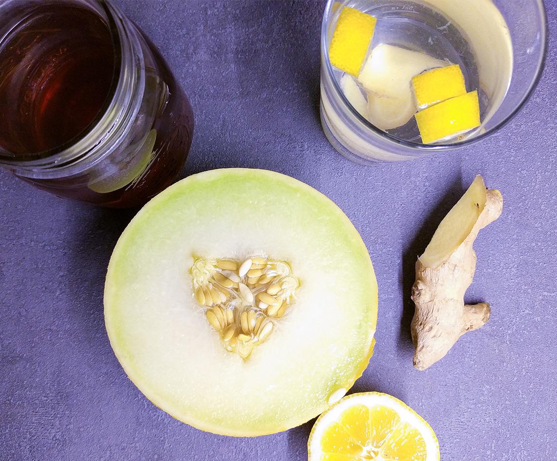 Ingwer und Zitronenwasser