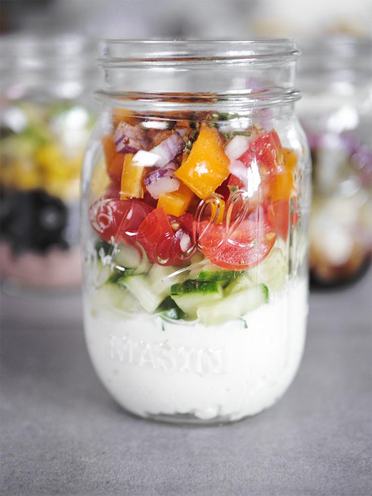 Hüttenkäse Salat aus dem Glas